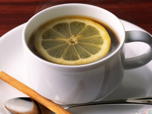thumb3_a_hot_cup_of_tea_with_a_lemon_slice